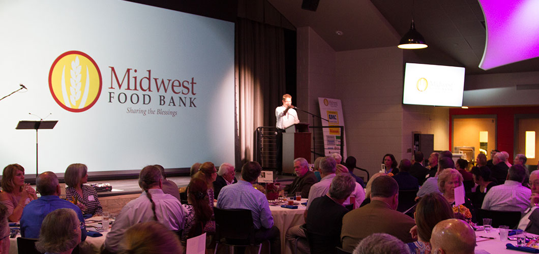 Aventure Aviation sponsors the 2nd annual Midwest Food Bank Harvest of Blessings Dinner.